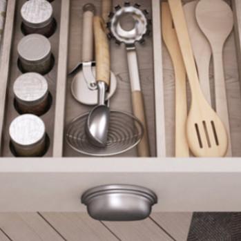 Πως θα καθαρίσετε εύκολα τα συρτάρια του σπιτιού